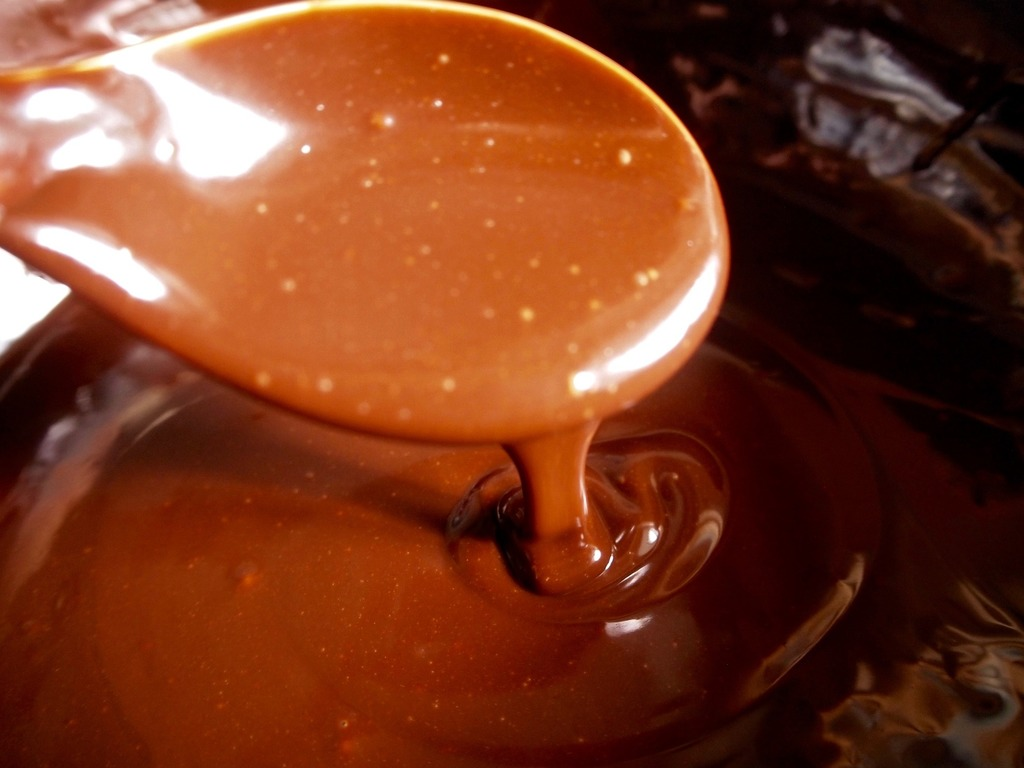 komplett geschmolzene schokolade