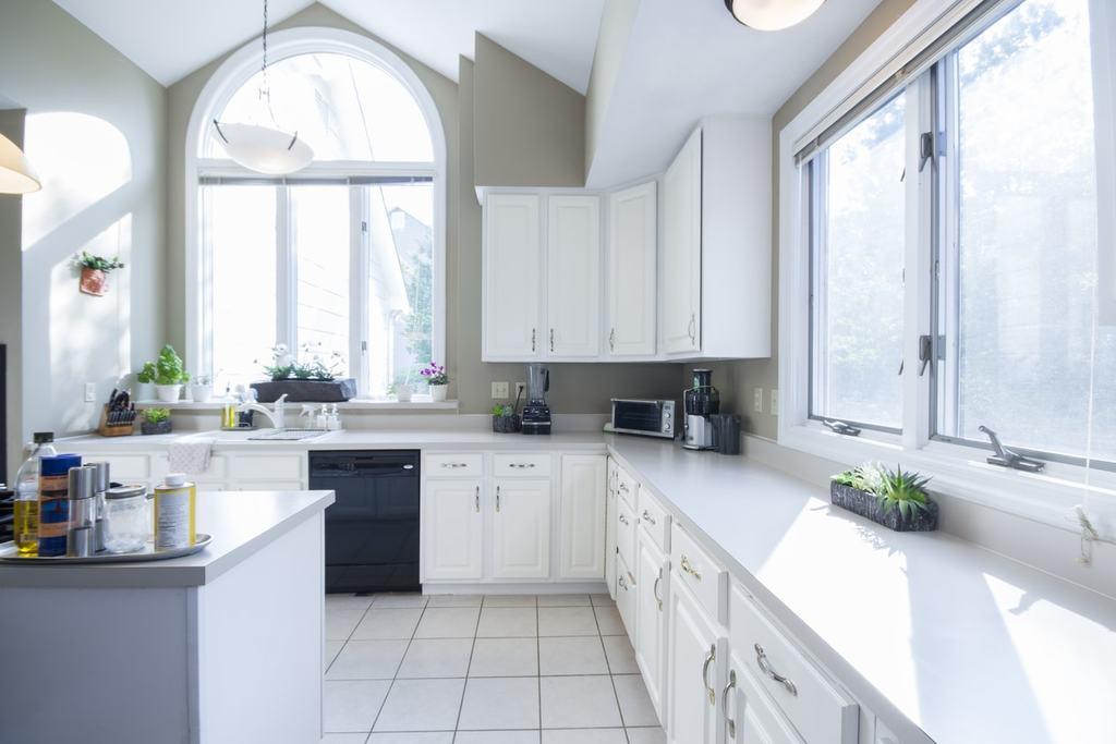 21 Inspirationen für Landhausküchen in weiß | DieKochstube