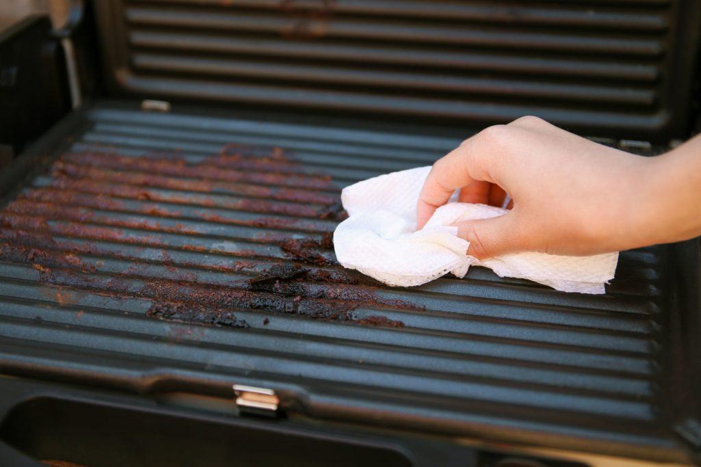 reinigung grillplatte